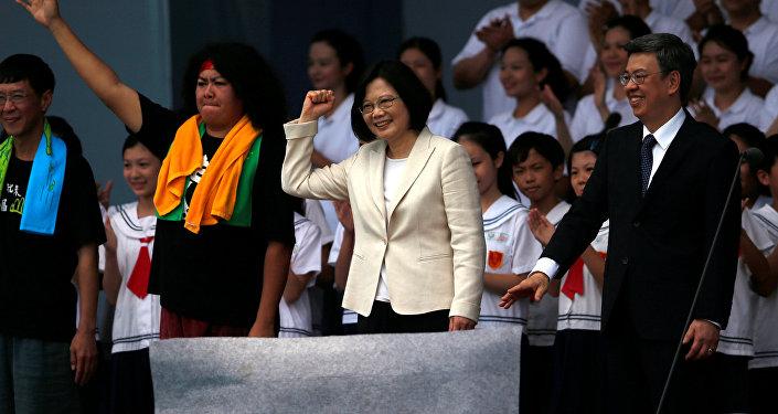 Tayvan'ın ilk kadın lideri Tsai Ing-wen