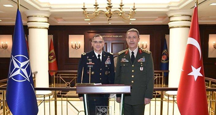 Genelkurmay Başkanı Orgeneral Hulusi Akar ve NATO Müttefik Harekat Komutanı Orgeneral Curtis M. Scaparrotti