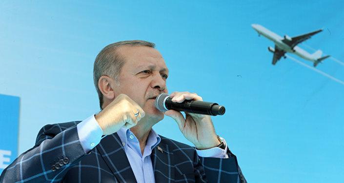Cumhurbaşkanı Recep Tayyip Erdoğan, Diyarbakır'daki toplu açılış töreninde konuştu.