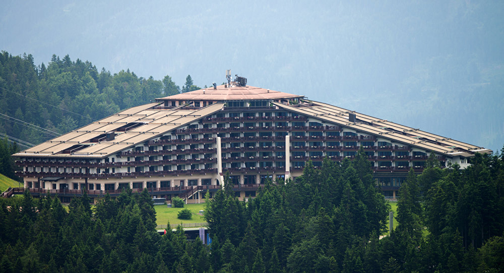 2015 yılındaki Bilderberg Konferansı'na evsahipliği yapan The Interalpen-Hotel Tirol