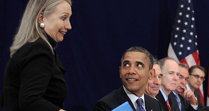 ABD Başkanı Barack Obama ve eski Dışişleri Bakanı Hillary Clinton.