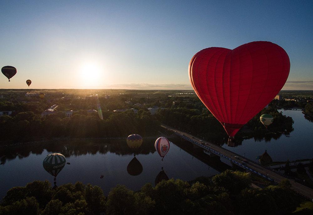 21. Uluslararası Balon Festivali Rusya'da yapıldı