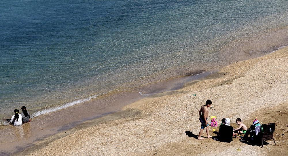 Suriye'nin Lazkiye kentinde bir sahil.