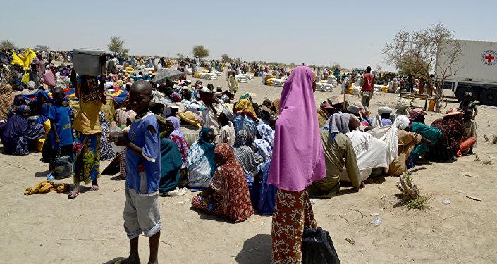 Nijer'de evlerini terk etmek zorunda kalan halk