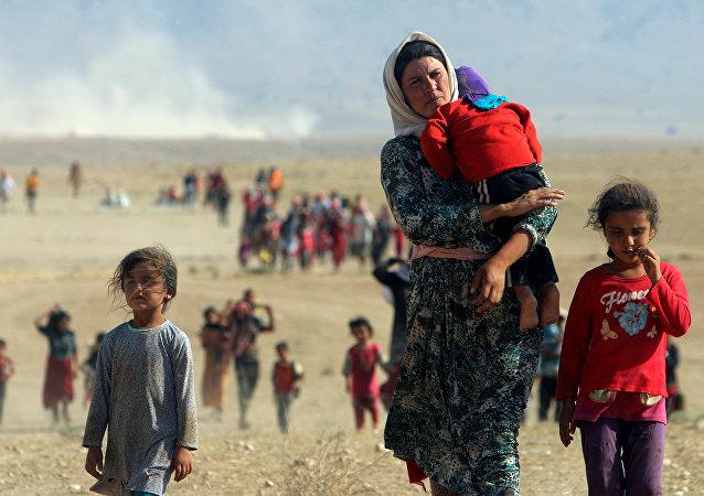 IŞİD'den kaçan Ezidi kadın ve çocuklar