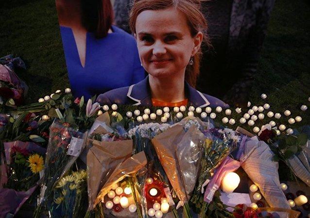 İngiltere'nin öldürülen İşçi Partili milletvekili Jo Cox