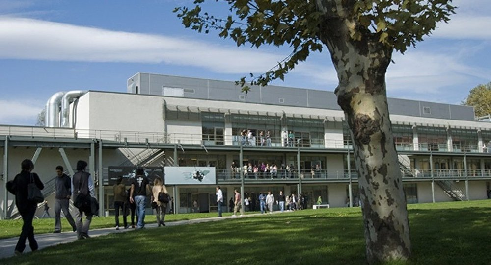 Böke ve Nazlıakaya üniversitelerde konuşma engeli