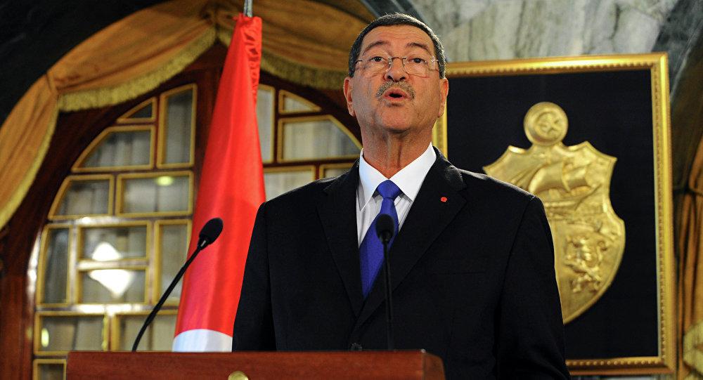 Tunus Başbakanı Habib Essid istifa etti.