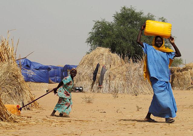Nijerya'nın Difa kenti yakınlarında bir kamp.
