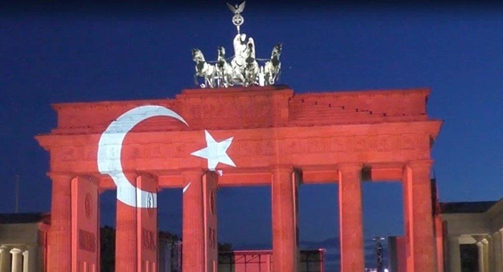Alman yetkiliden Türkiye'de tatil çağrısı: Yapmamak için bir neden yok