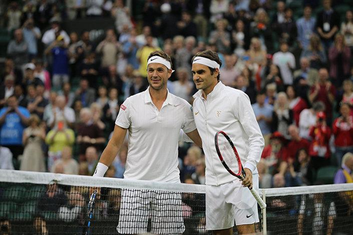 Marcus Willis - Roger Federer