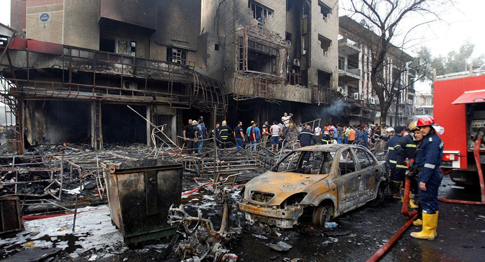 Bağdat'ın merkezindeki Karada mahallesinde bombalı araçla saldırı gerçekleştirildi.