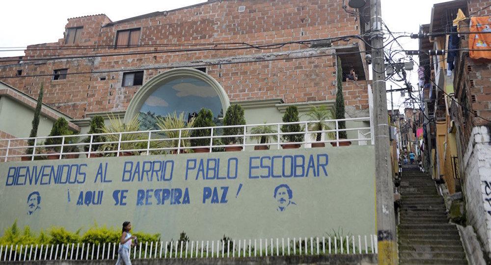 'Pablo Escobar'ın mahallesine hoş geldiniz, biz burada barış soluruz!'