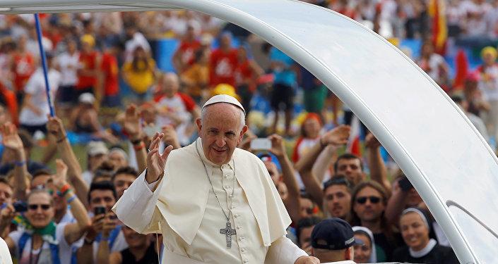 Katoliklerin ruhani lideri Papa Francis Dünya Gençlik Günü kutlamaları dolayısıyla bulunduğu Polonya'da