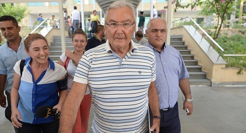 Eski CHP Genel Başkanı ve Antalya Milletvekili Deniz Baykal