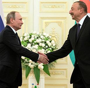 Rusya Devlet Başkanı Vladimir Putin ve Azerbaycan Cumhurbaşkanı İlham Aliyev