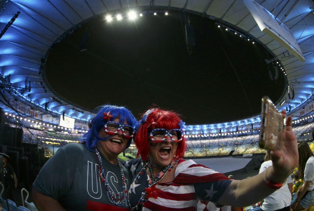 Rio Olimpiyatları'nın en renkli taraftarları
