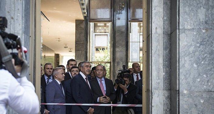 Kuzey Kıbrıs Lideri Mustafa Akıncı,