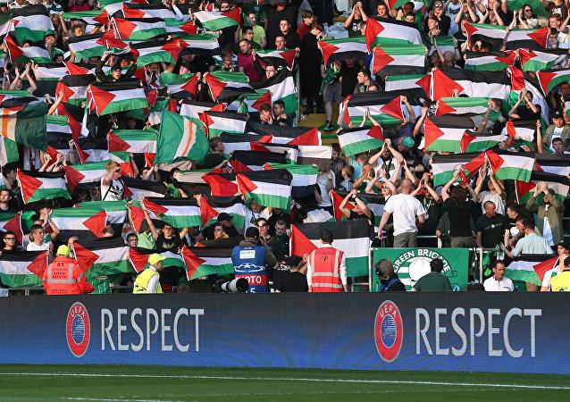 Celtic / Filistin bayrağı