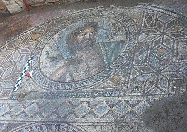 'Poseidon' tasvirli mozaik