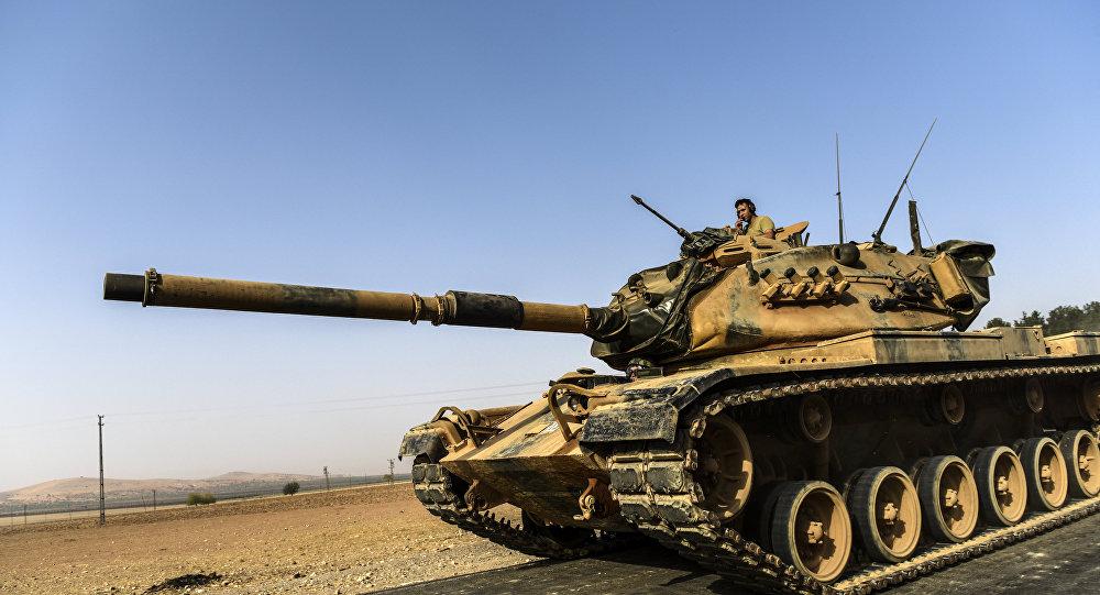 Fırat Kalkanı operasyonunda görev yapan Türk tankları