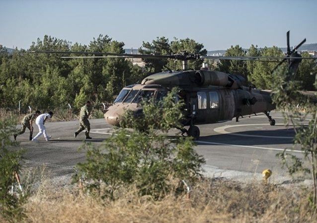 Fırat Kalkanı harekatı sırasında yaralanan 3 asker, Gaziantep'e getirildi. (Arşiv)