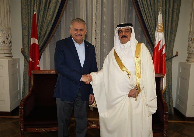 Binali Yıldırım ve Bahreyn Kralı Hamad bin İsa El Halife