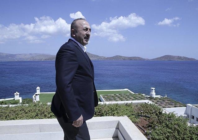 Dışişleri Bakanı Mevlüt Çavuşoğlu Yunanistan'da