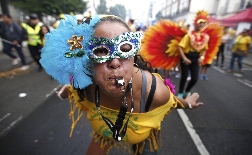 Festivalin ilk günü çocuklar için de bir yürüyüş düzenleniyor.