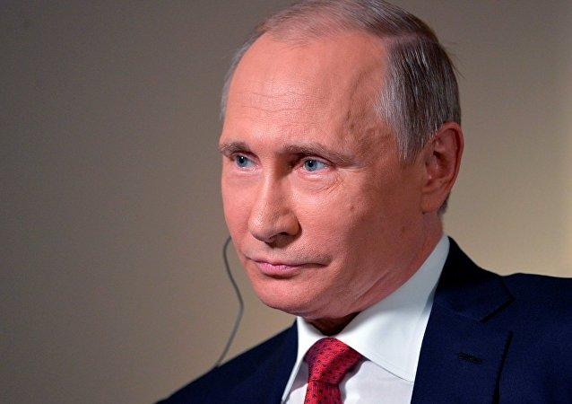 Putin, Bloomberg'e konuk oldu