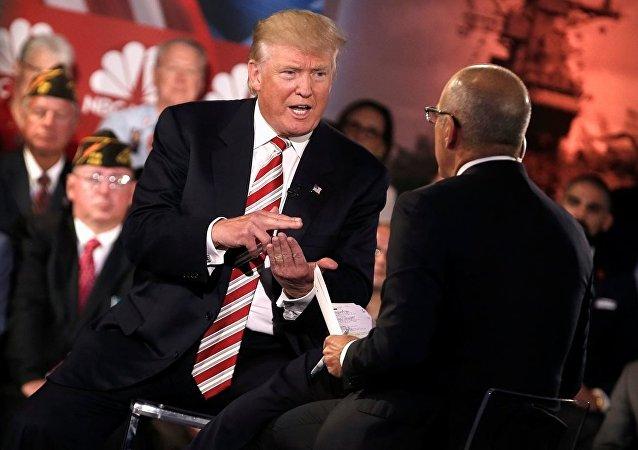 Trump forumda