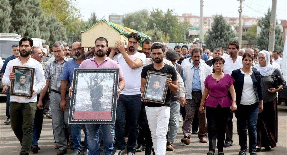 'Tufan Amed' kod adlı PKK'lının cenazesine katılan HDP'li vekillere soruşturma