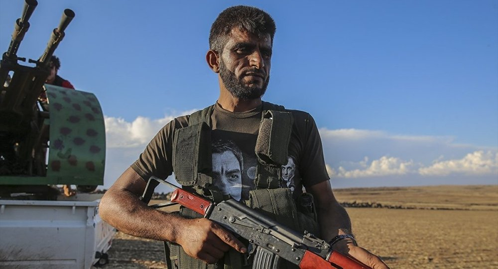 ÖSO mensubu - Kurtlar Vadisi dizisinin ana karakteri Polat Alemdar'ın tişörtü