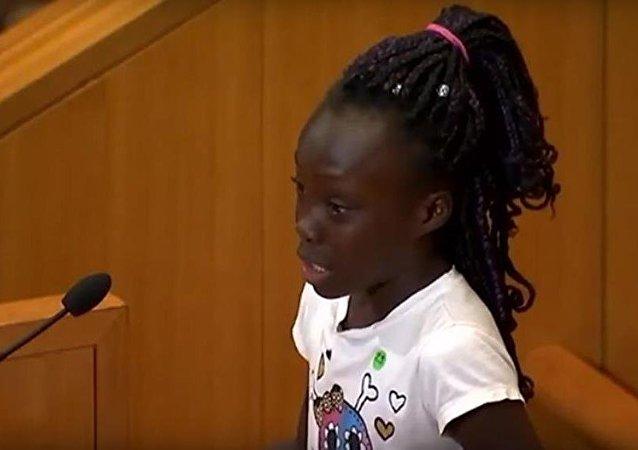 ABD'li siyah kız-siyah-polis-şiddet