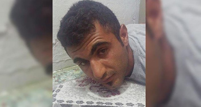 İzmir'de, PKK üyelerinin saldırı amaçlı kente geldiği ihbarı üzerine başlatılan operasyonda, bomba malzemelerini kente getirdiği bildirilen Mehmet D., gözaltına alındı.
