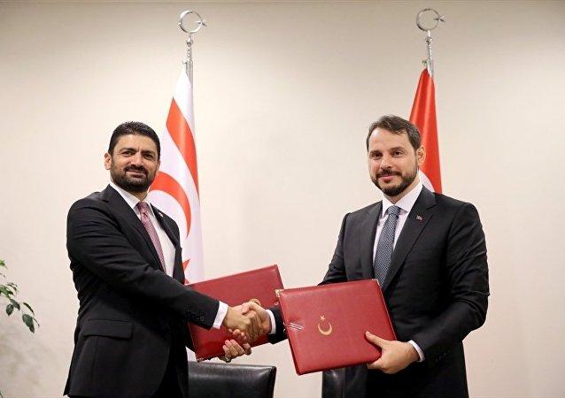 Enerji ve Tabii Kaynaklar Bakanı Berat Albayrak-Kuzey Kıbrıs Enerji ve Ekonomi Bakanı Sunat Atun
