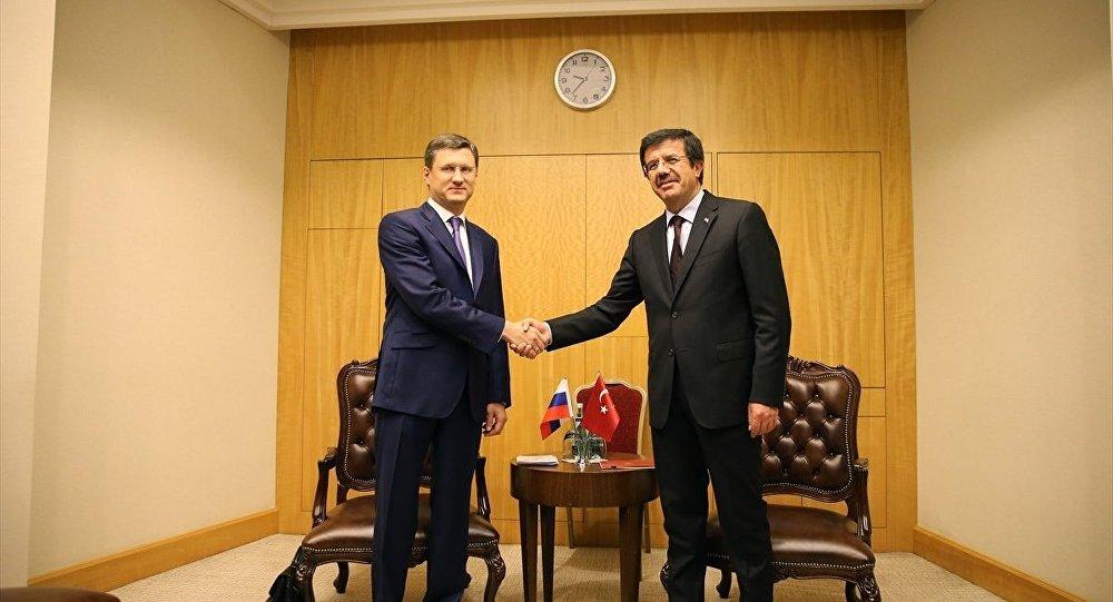 Ekonomi Bakanı Nihat Zeybekci- Rusya Enerji Bakanı Aleksandr Novak