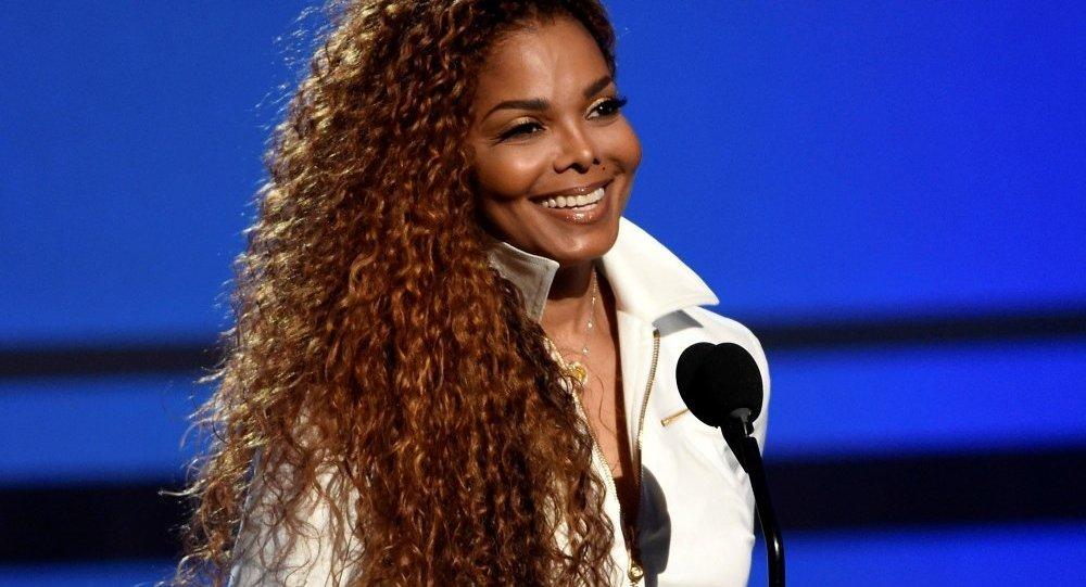 ABD'li şarkıcı Janet Jackson