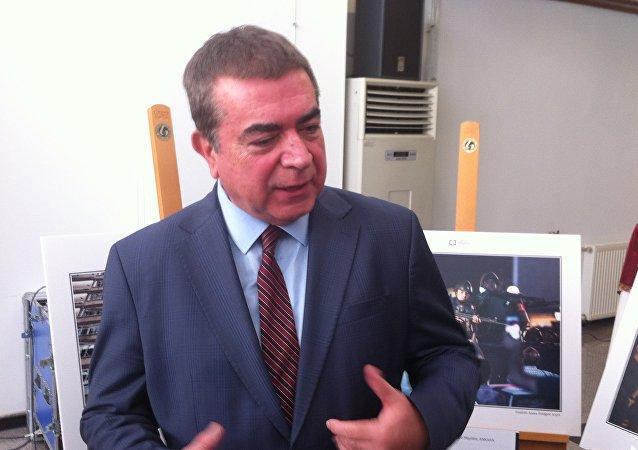 T.C.Başbakanlık Basın-Yayın Enformasyon Genel Müdürü (BYEGM) Mehmet Akarca