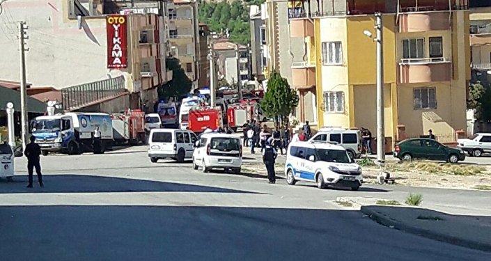 Hücre evi basılınca 'canlı bomba' kendini patlattı - Gaziantep