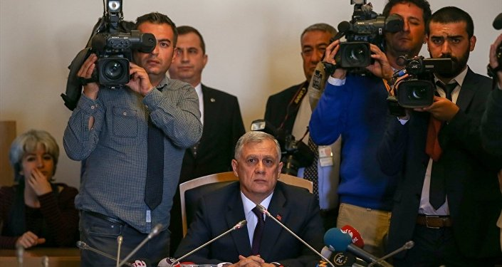 Fethullahçı Terör Örgütü'nün 15 Temmuz darbe girişimini araştırmak amacıyla kurulan Meclis Araştırma Komisyonu, Genelkurmay 2. Başkanı Orgeneral Ümit Dündar'ı dinledi.