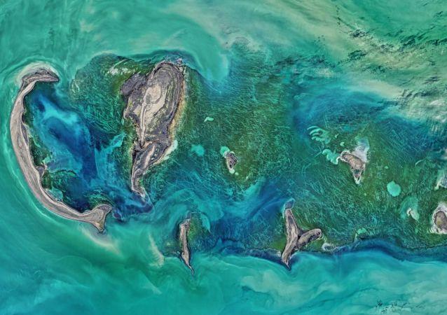 Hazar Denizi'nin uzaydan görünümü.