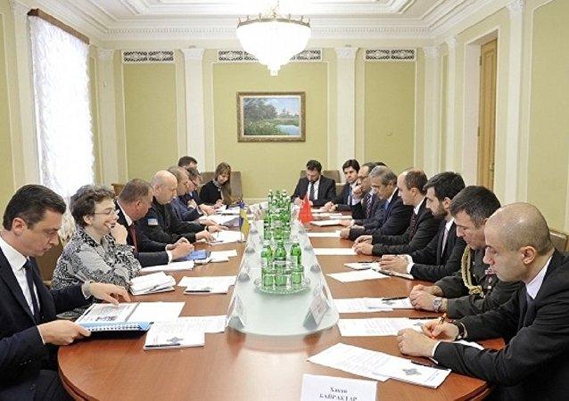 Ukrayna ile Türkiye arasında ortak askeri araç görüşmeleri