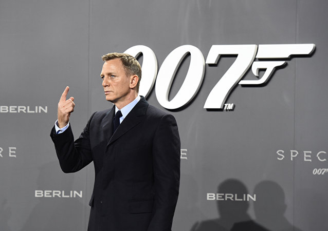 James Bond / Daniel Craig
