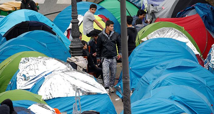 Paris- Calais- Sığınmacı