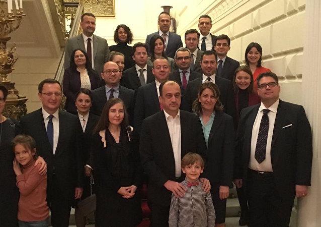 Türkiye'nin eski Rusya Büyükelçisi Ümit Yardım, Moskova'ya veda etti.