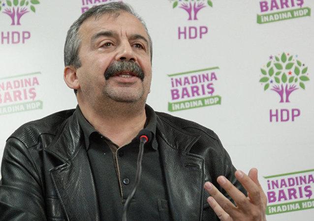 HDP Milletvekili Sırrı Süreyya Önder