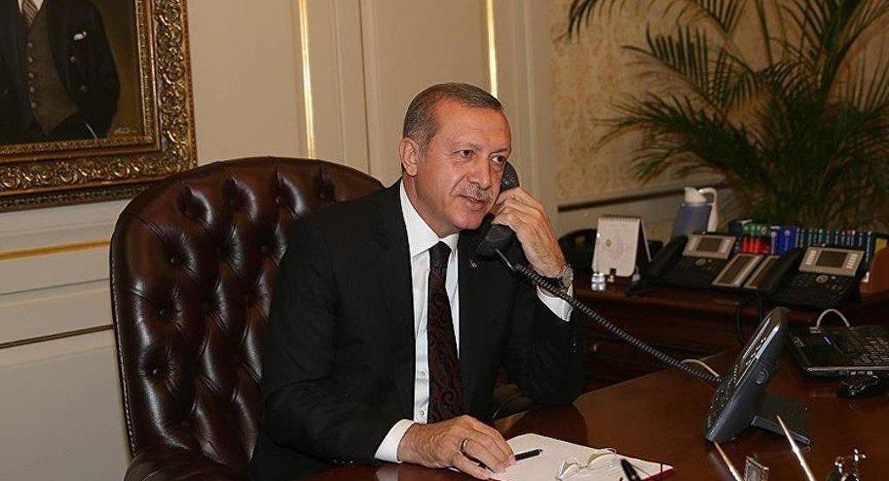 Cumhurbaşkanı Recep Tayyip Erdoğan - telefon