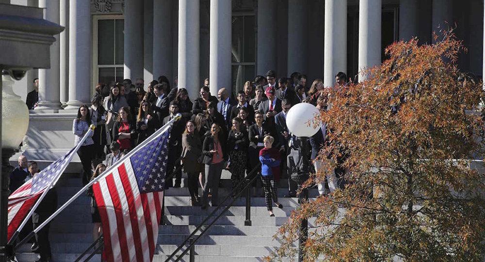 Donald Trump'ın Beyaz Saray'a ulaşmasını bekleyen ABD'liler