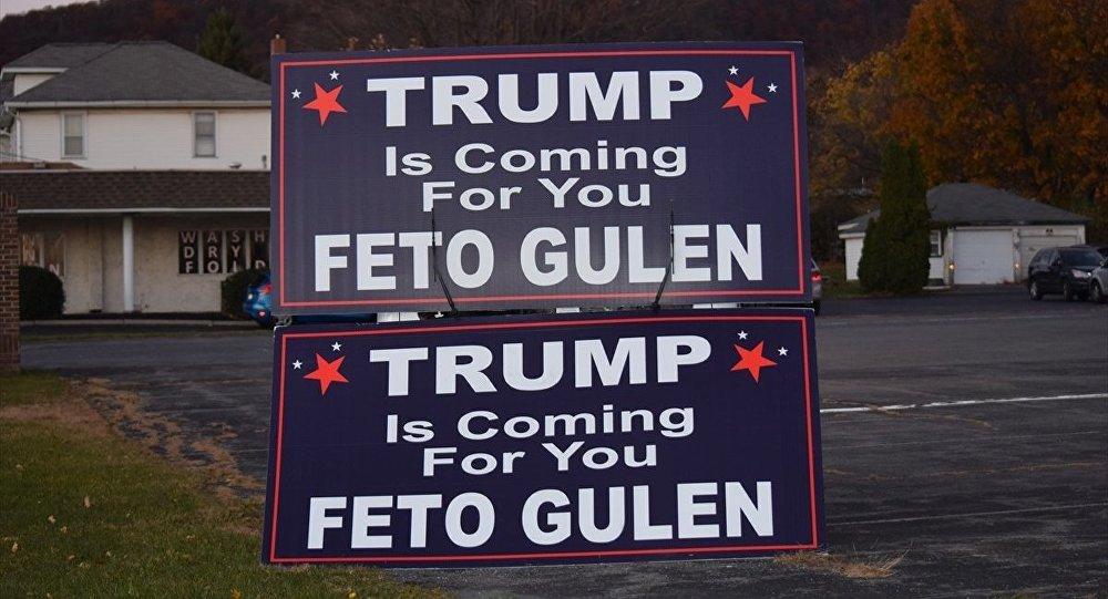 Pensilvanya'da 'Trump senin için geliyor FETO Gülen' pankartı